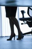 Businesswoman legs. — Stock Photo