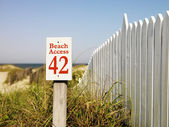 Beach access. — Stock Photo