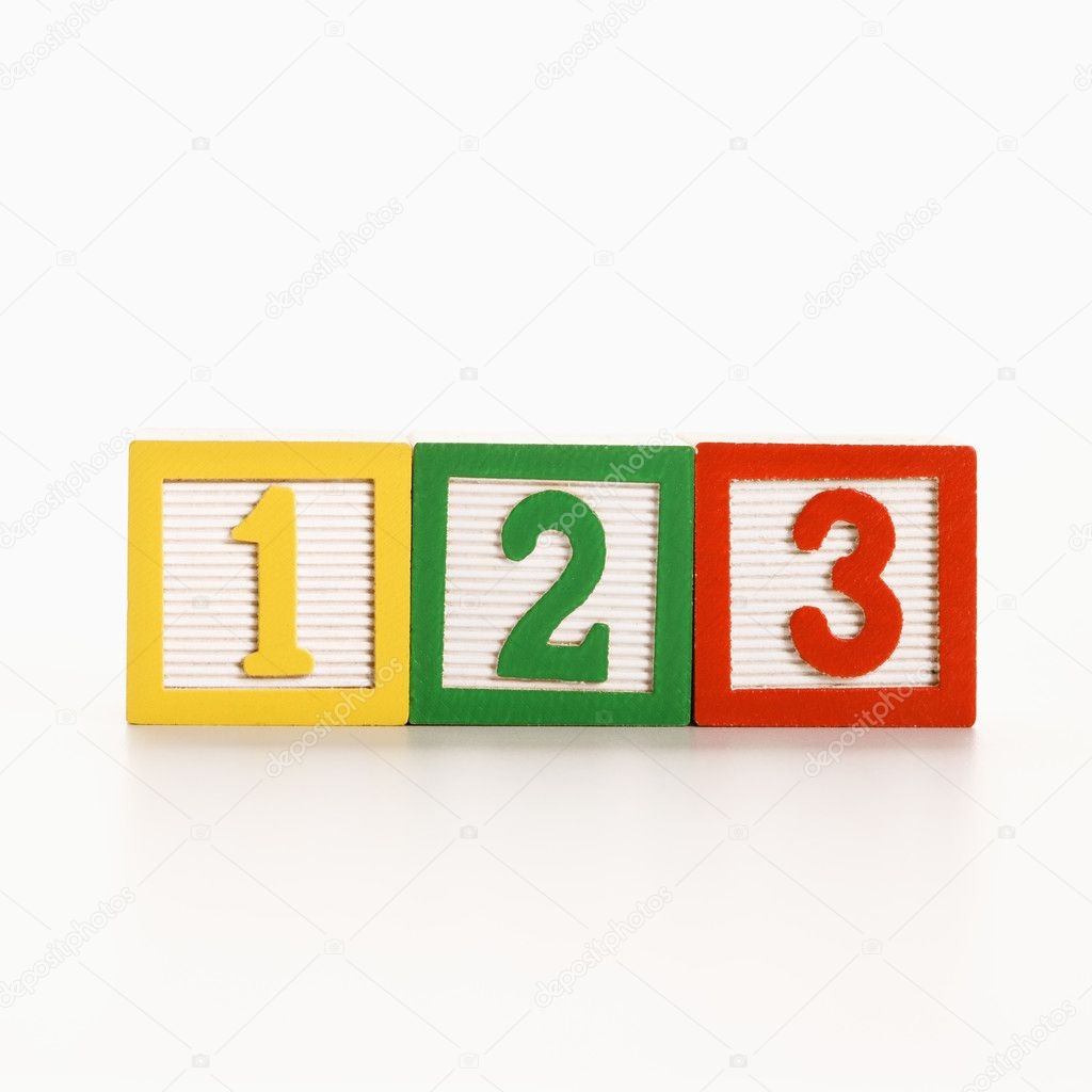 Row of toy building blocks with numbers. — Stock Photo #9275951