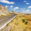 Road Through the Badlands — Stockfoto