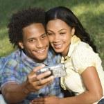 Couple taking photos. — Stock Photo