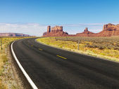 Desert mesa and road. — Stock Photo