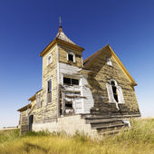 Vieja iglesia abandonada. — Foto de Stock
