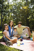 Happy family picnic. — Stock Photo