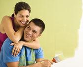 魅力的なカップルの絵画. — ストック写真