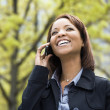 Woman on mobile phone — Stock Photo