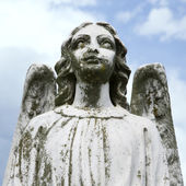 Guardian angel statue — Stock Photo