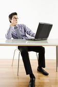 Man working on laptop. — Stock Photo