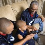 Family watching sports. — Stock Photo