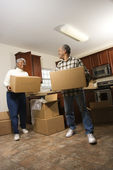 Couple With Moving Boxes — Stock Photo