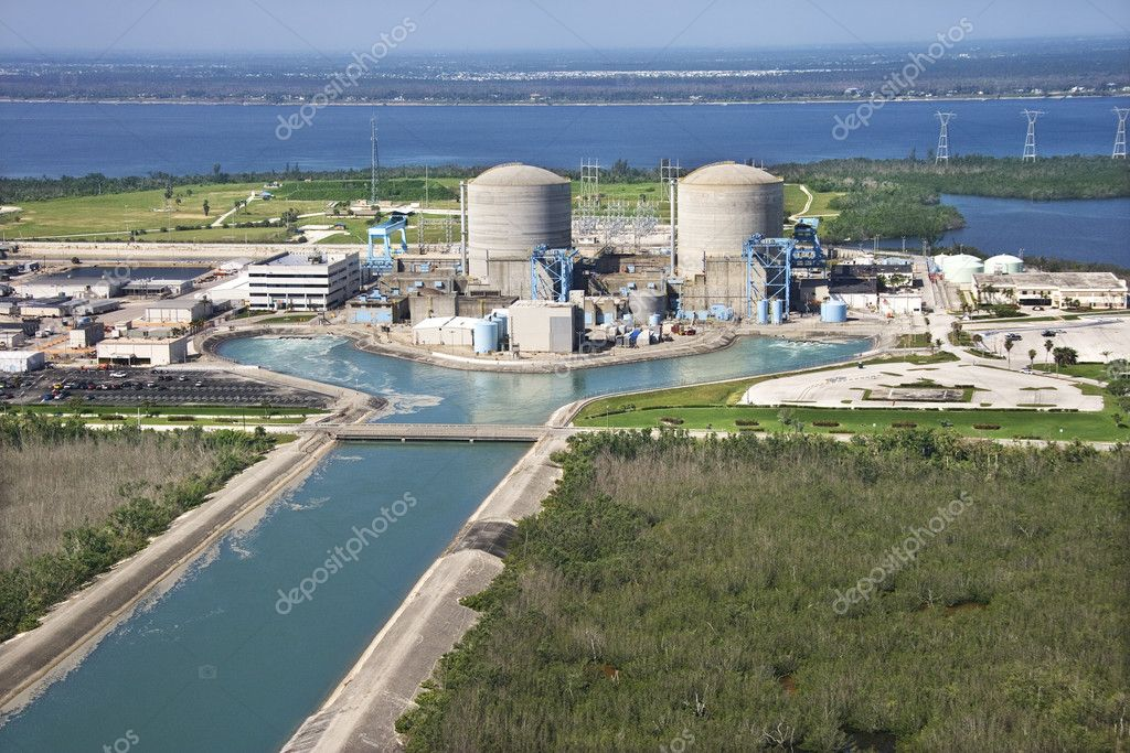 Aerial view of nuclear power plant on Hutchinson Island, Florida. — Stock Photo #9329197