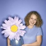 女人与花 — 图库照片