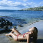 Woman on Maui beach — Stock Photo #9330722