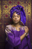 Young African American Woman in Traditional African Dress — Stock Photo