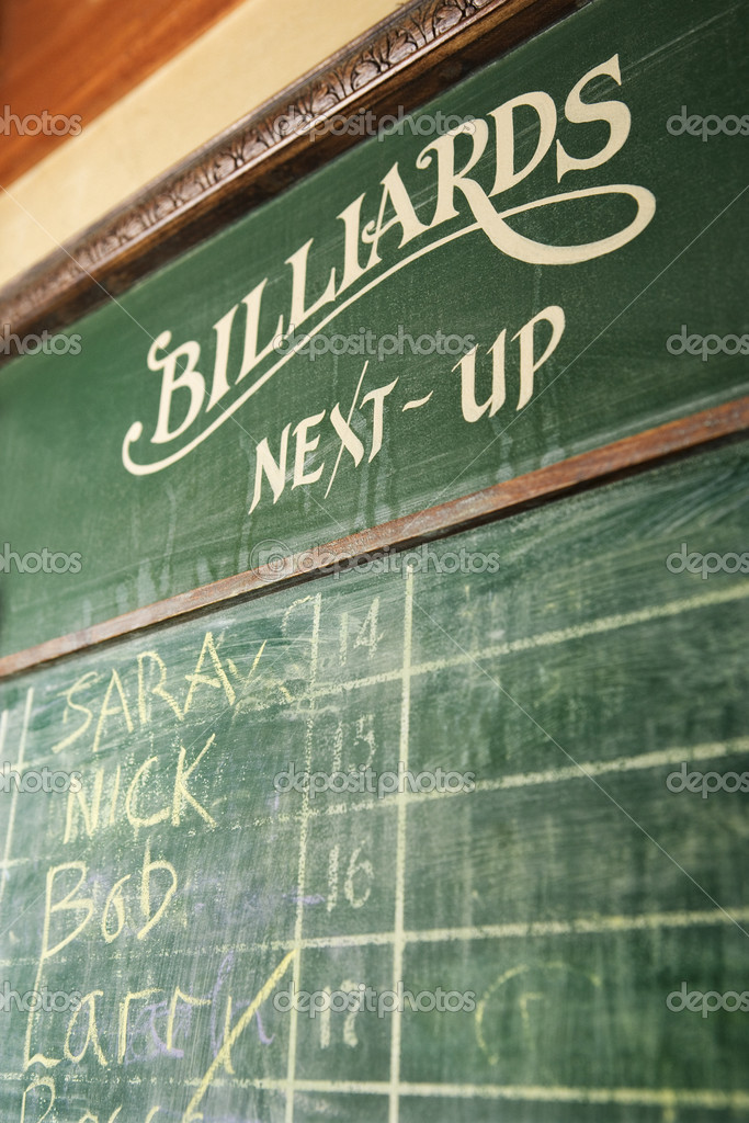 Chalkboard queue for waiting to play billiards in nightclub. — Stock Photo #9330541