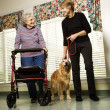 kvinna i assisted living — Stockfoto