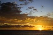 Coucher de soleil à maui, hawaii. — Photo