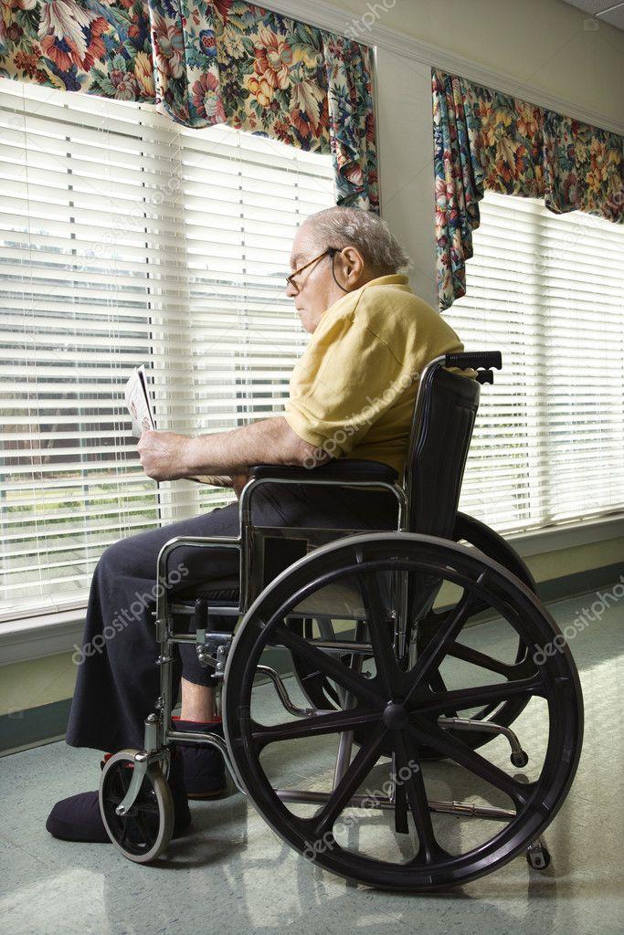 Elderly man in wheelchair stock photo 9364301 for Basketball en chaise roulante