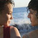 couple de l'océan — Photo