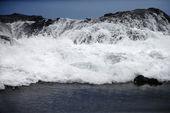 Waves crashing. — Stock Photo