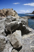 Rocky shoreline in Maui, Hawaii. — Stock Photo
