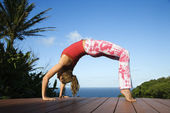 Young Woman Doing Yoga — Stock Photo