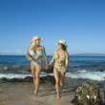 Bodybuilders at beach. — Stock Photo