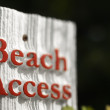 Beach access sign. — Stock Photo #9498666