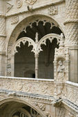 Arched Ornate Relief at the Monastery of Jeronimos — Stock Photo