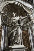 Saint Veronica statue. — ストック写真