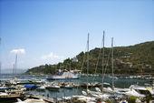 Marina by coastal villa. — Stock Photo