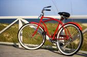自行车在海滩. — 图库照片