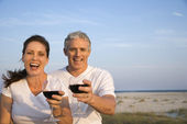 Couple Drinking Wine on Beach — Stock Photo