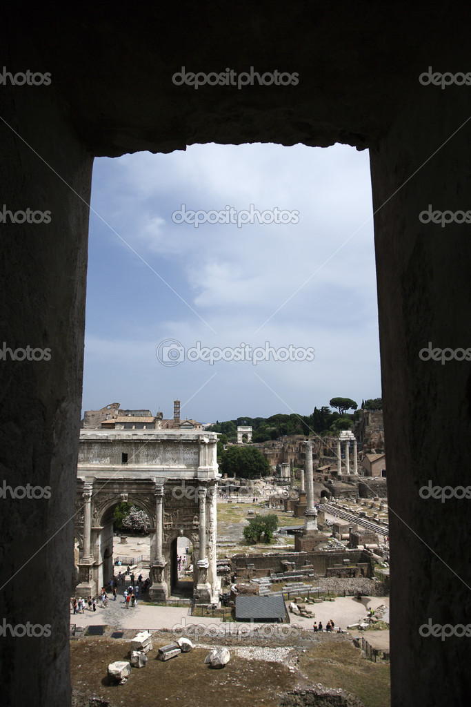 Roman Forum ruins in Rome, Italy. — Stock Photo #9496668