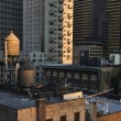 Rooftop Water Towers on NYC Buildings - Foto Stock