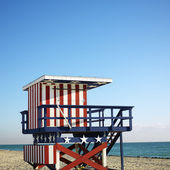 Lifeguard tower in Miami. — Stock Photo