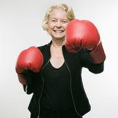 Woman punching. — Stock Photo