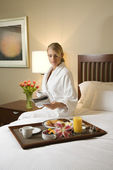 Woman With Hotel Room Service — Stock Photo