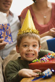 Boy at birthday party. — Foto Stock