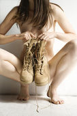 Nude woman with boots. — 图库照片