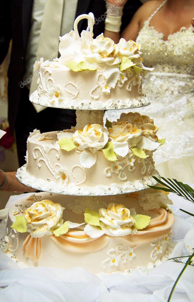Beautiful Wedding Cake At A Wedding Reception Stock Photo C Ozaiachinn 10119985