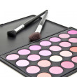 Makeup brushes and make-up eye shadows — Stockfoto
