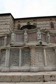 Famosas fontes na praça central de perugia, itália — Foto Stock