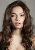 Beautiful Young Brunette Woman Portrait — Stock Photo