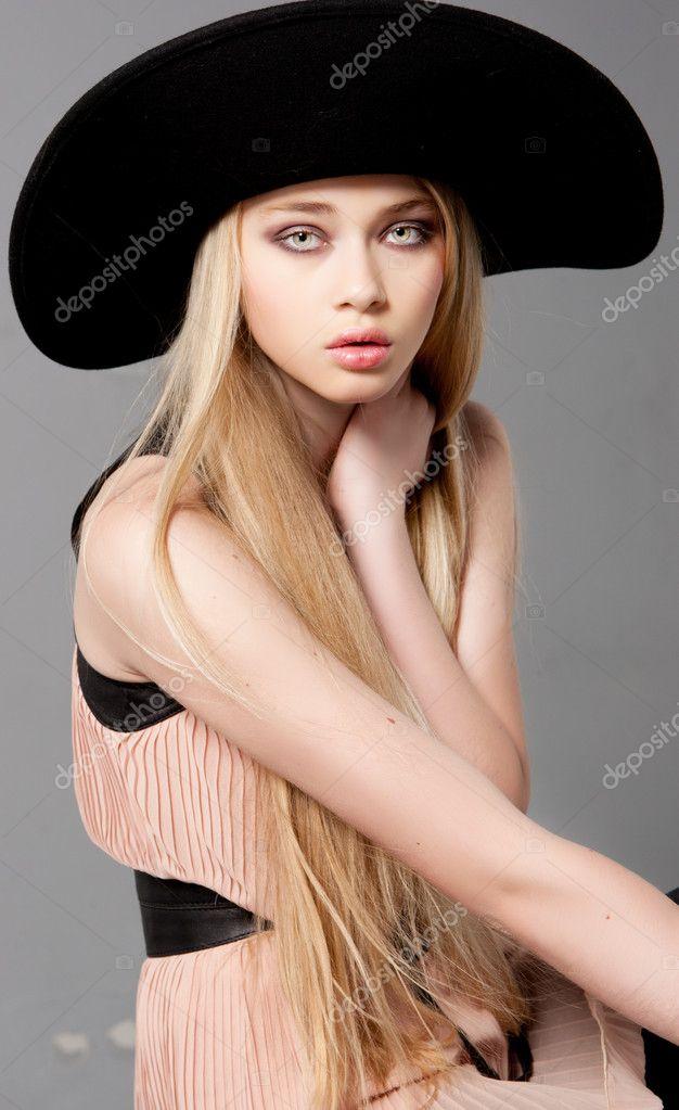Teen Fashion Model Portfolio Picture