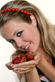 Young woman with strawberries. — Stock Photo