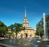 The Admiralty in St.Petersburg — Stock Photo