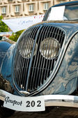 Front of antique car — Stock Photo