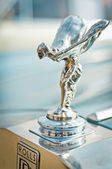 Rolls-Royce - The Spirit of Ecstasy — Stock Photo