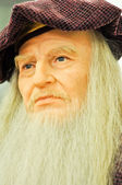 Wax statue of Leonardo DaVinci — Stock Photo
